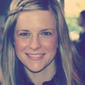Rebekah Lyons Headshot
