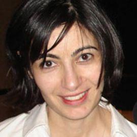 Anne Korin Headshot