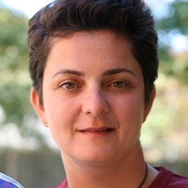 Luma Mufleh Headshot