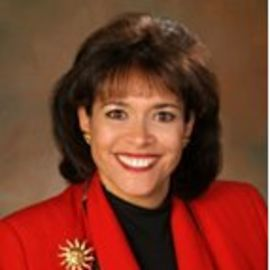 Bernadette Vadurro Headshot