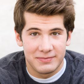 Steven Crowder Headshot