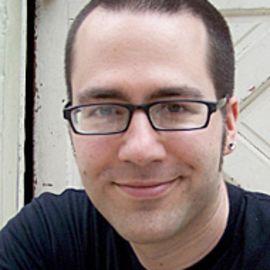 Joshua Klein Headshot