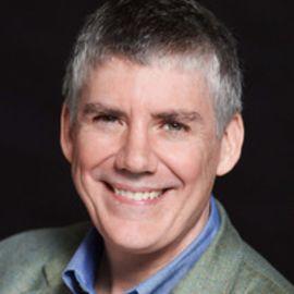 Rick Riordan Headshot
