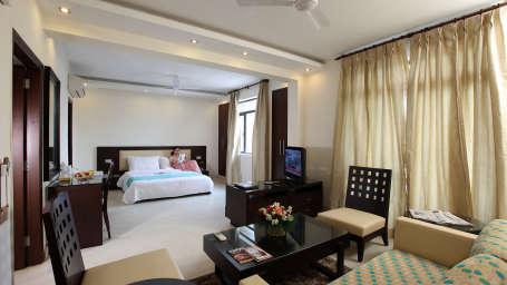 Hotel Legend Inn  IMG 8750