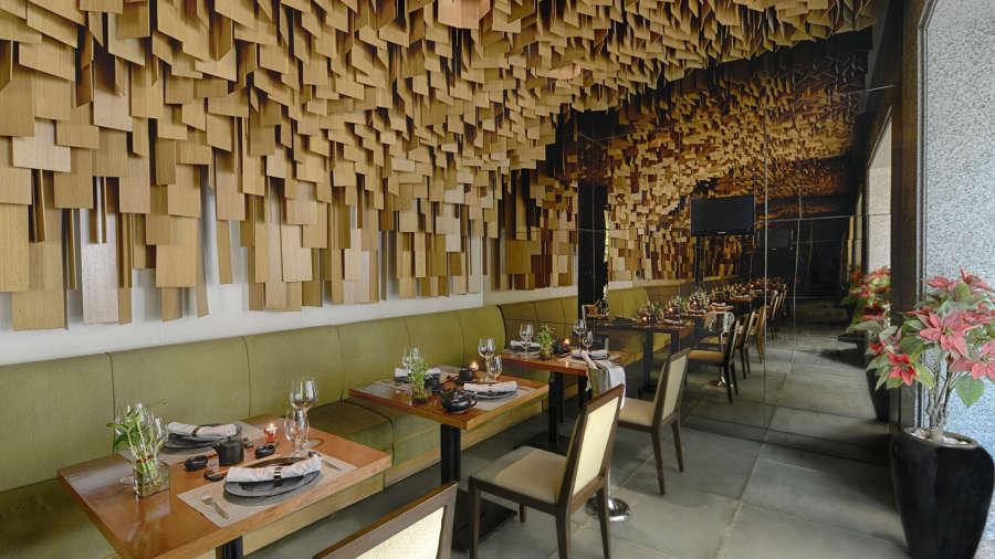 Woktok 5 east asian restaurant the grand new delhi for Best private dining rooms nj