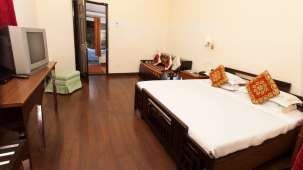 Holiday Home Resort,  Kodaikanal Kodaikanal Stream Side Deluxe Room Holiday Home Resort