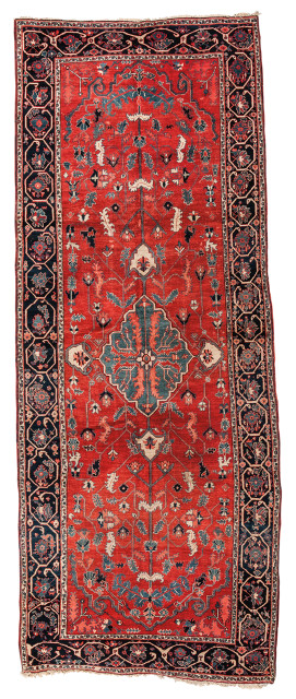 Serapi Carpet, northwestern Iran, c. 1900, 17 ft. 9 in. x 7 ft. 1 in. (Lot 38, Estimate: $5,000-6,000)