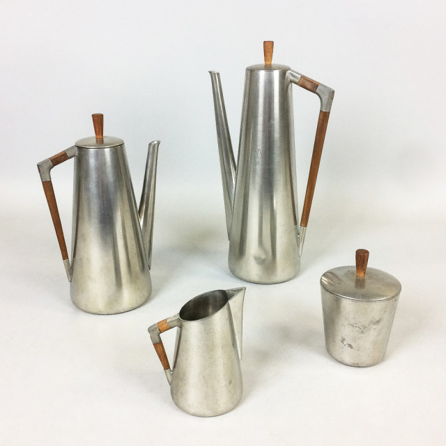 Royal Holland Mid-Century Modern Four-piece Pewter and Teak Tea and Coffee Set (Lot 1145, Estimate: $200-300)