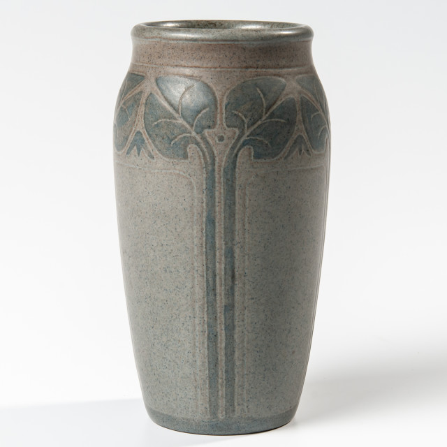 Maude Milner and Sarah Tutt Marblehead Pottery Vase (Lot 76, Estimate: $6,000-8,000)