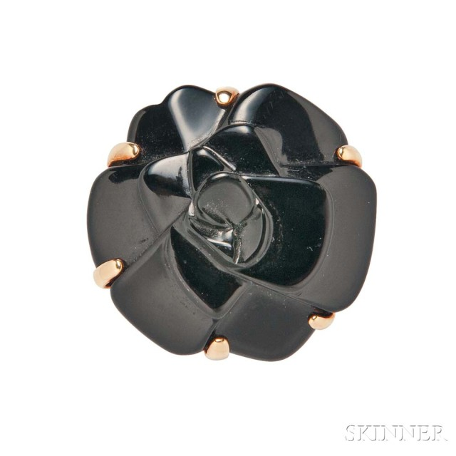 18kt Gold and Onyx 'Camelia' Ring, Chanel (Lot 1016A, Estimate: $1,000-1,500)