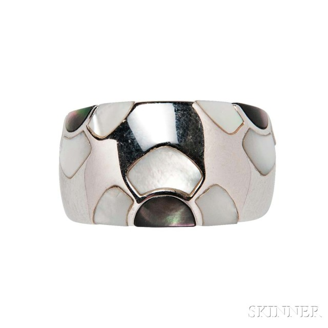 18kt White Gold and Mother-of-pearl 'Marqueterie' Ring (Lot 1034, Estimate: $800-  1,200)