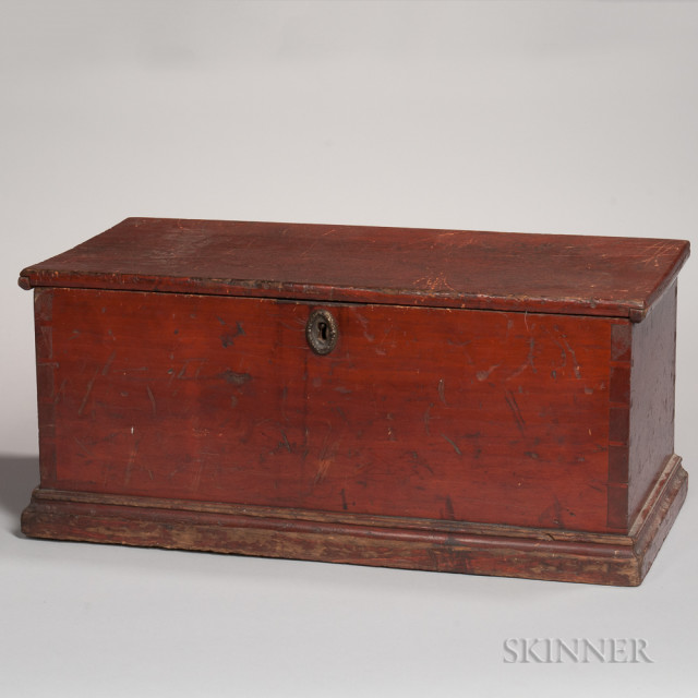 Child's Red-painted Pine Six-board Chest, 19th century (Lot 259, Estimate $200-250)