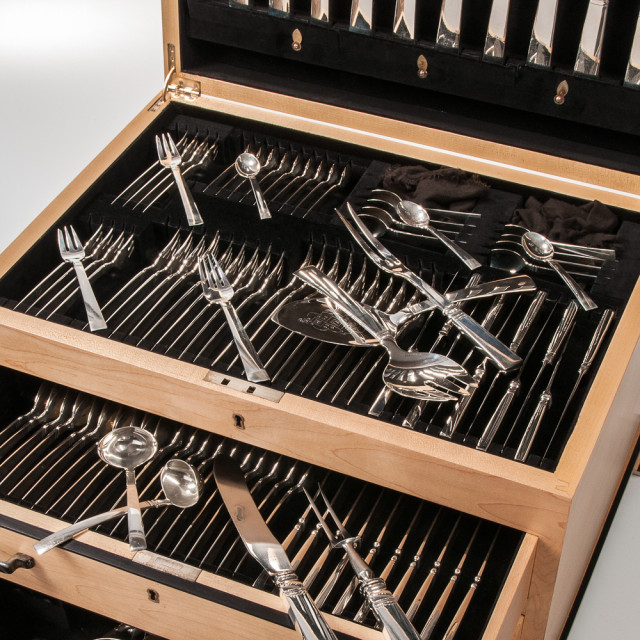 Just Andersen for Georg Jensen Acadia Blok Sterling Silver Flatware Service in Custom Chest (Estimate: $4,000-6,000)