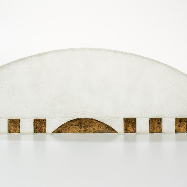 Howard Ben Tre (b. 1949) Cast Glass Wall Relief (Estimate: $7,000-10,000)
