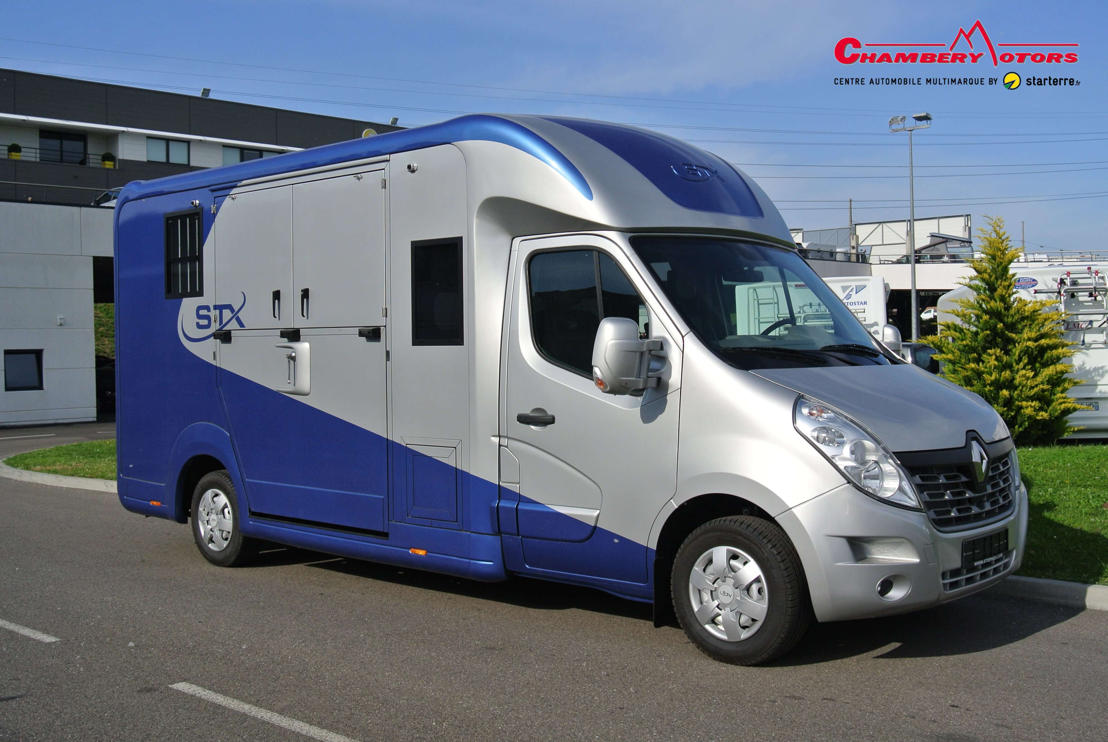 stx haras 5 places renault master dci 170 l3 11700544 chamberymotors. Black Bedroom Furniture Sets. Home Design Ideas
